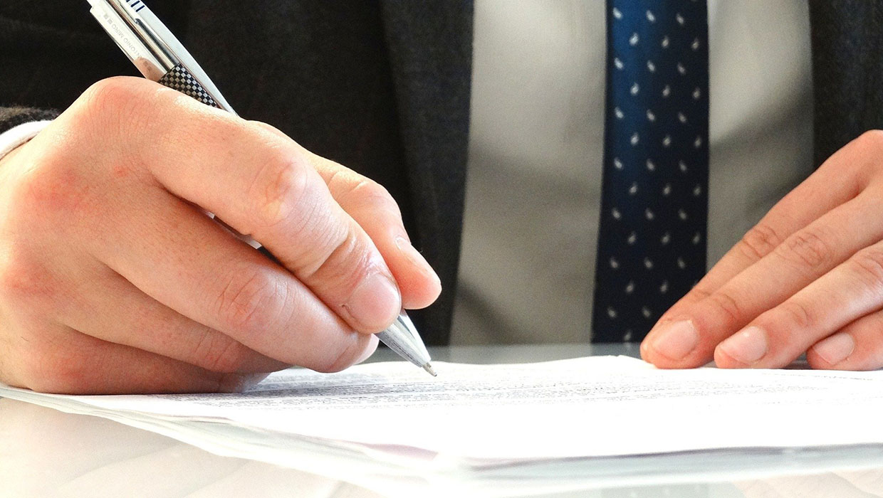 Contracts & Obligations